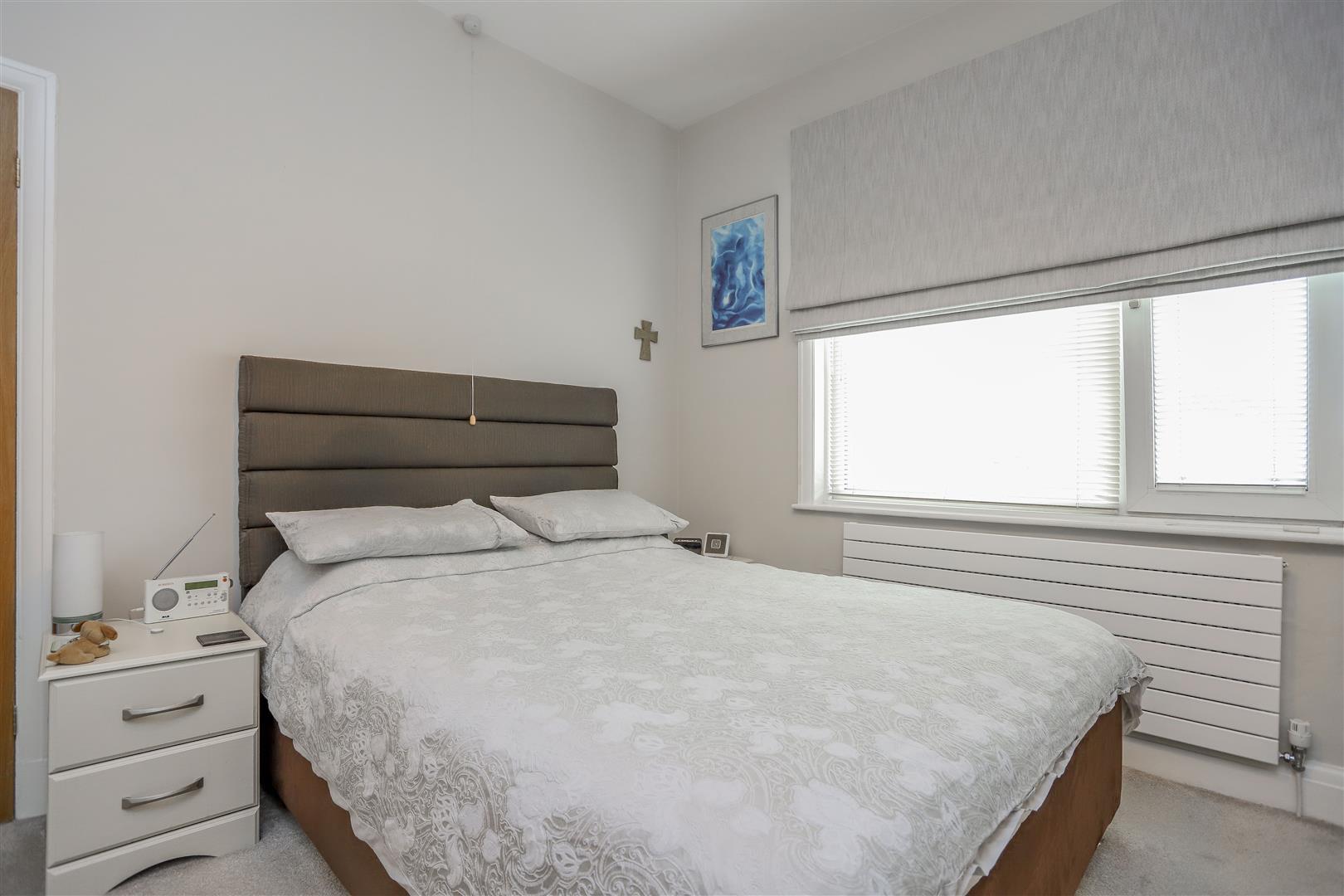 3 Bedroom Semi-detached House For Sale - 22.JPG